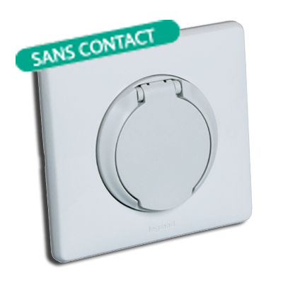 aldes-steckdose-modell-celiane-weiß-kontaktlos-400-x-400-px